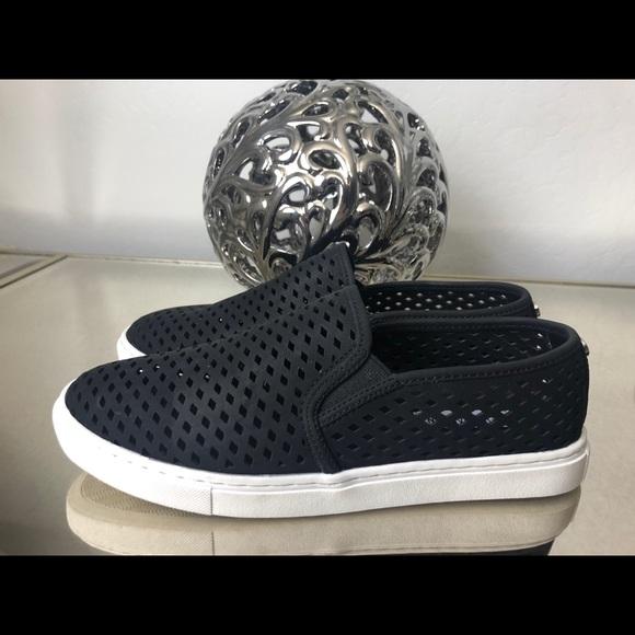 e86fde48289 Steve Madden Zeena Slip-On Sneaker. M 5b183e4fde6f623f0f539700